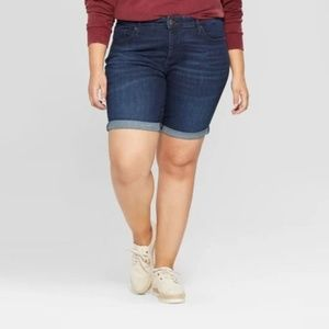 Women's Plus Size Roll Cuff Bermuda Jean Shorts